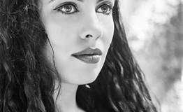 Ζαχαρούλα Κληματσάκη «Όταν τραγουδάω νιώθω να γεννιέμαι ξανά»