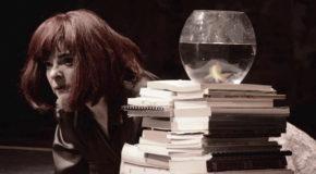 Η Γυάλα της Τζένης Δάγλα με τη Μάνια Παπαδημητρίου | θέατρο Φούρνος (2η χρονιά), κάθε Δευτέρα & Τρίτη ως τις 30/01