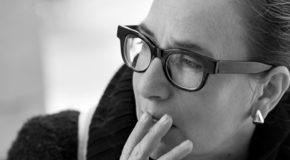 «Ο δρόμος μιλάει» | Η Λίνα Νικολακοπούλου στη Σφίγγα | Βραδιές Λόγου και Μουσικής από 13/12 & κάθε Τετάρτη