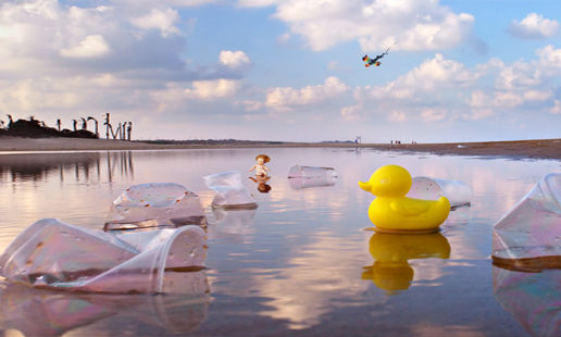 Περί πλαστικού και άλλων δαιμονίων | Άννη Παπαθεοδώρου | Άνεμος magazine